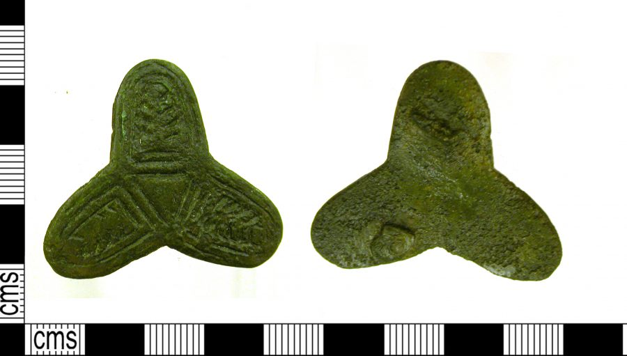 A copper-alloy trefoil brooch in West Barkwith, Lincoolnshire. (c) Leicestershire County Council, CC BY-SA 4.0