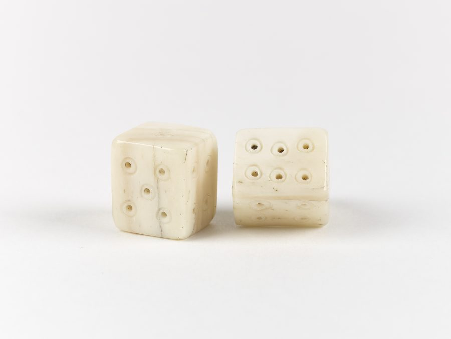 Pair of reproduction bone dice