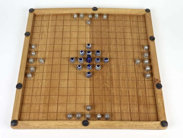 A reproduction of the Coppergate game board featuring reproduction gaming pieces