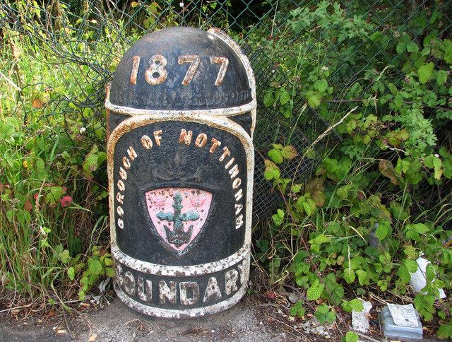 nottingham boundary marker © John Sutton,