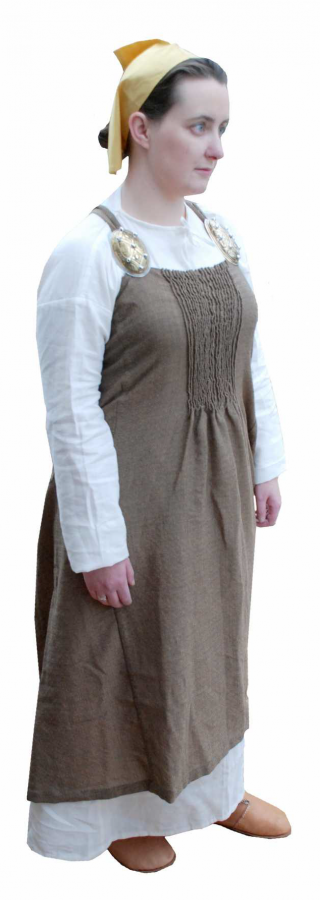 A set of reproduction women's clothing based on archaeological examples. (c) Adam Parsons of Blueaxe Reproductions