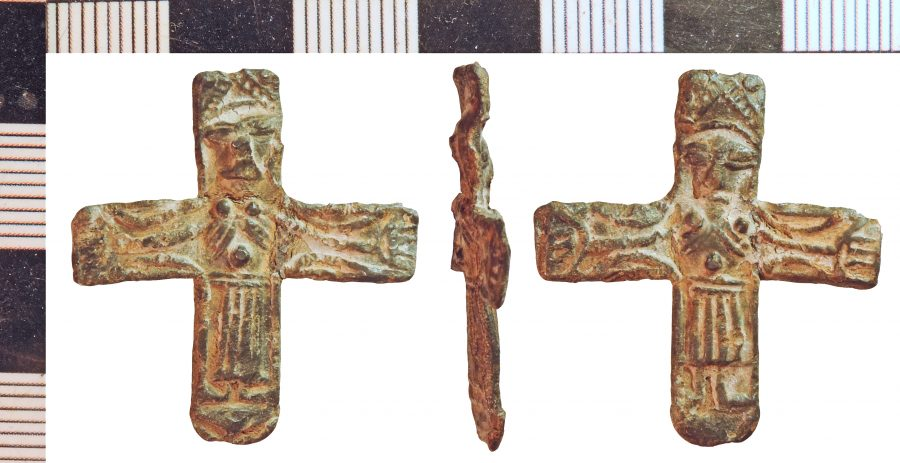A lead-alloy crucifix pendant found in Swinhope, Lincolnshire. (c) Portable Antiquities Scheme, CC BY-SA 2.0