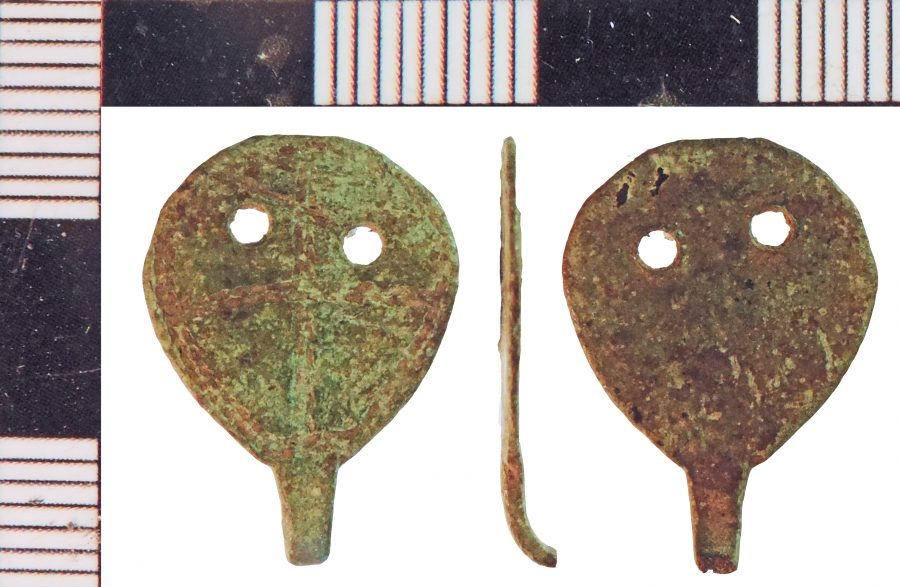 A copper-alloy hooked tag found in Haxey, Lincolnshire. (c) Portable Antiquities Scheme, CC BY-SA 2.0