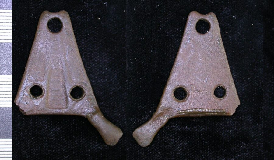 A copper-alloy stirrup-strap mount found near Melton, Leicestershire. (c) Portable Antiquities Scheme, CC BY-SA 4.0