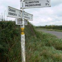 Slawston fingerpost